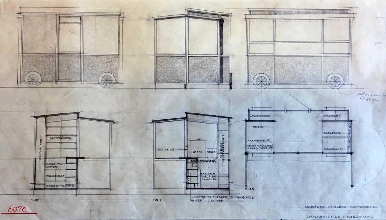 Tegningerne fra Stadsarkitekten 1953 viser en lille kaffevogn, beskrevet i detaljen. Her er skuffer til teskeer og plads til pengekassen.