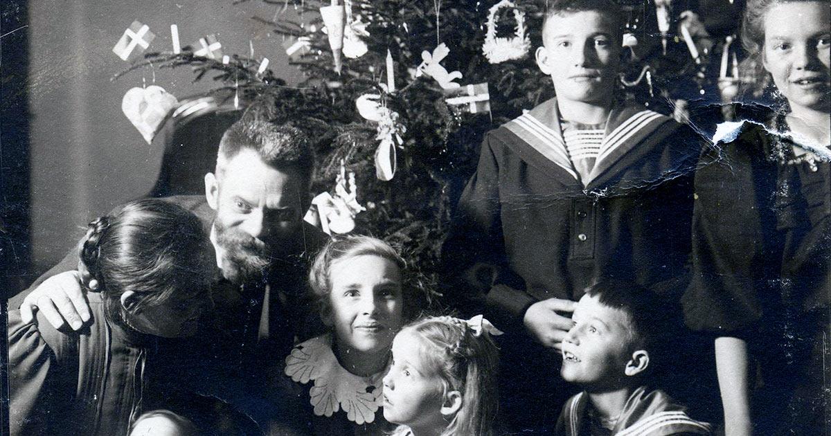 Juleaften 1906. Fotoet stammer fra Ingrid Agnethe Muncks erindring - en af de mange erindringer i Stadsarkivets samling.