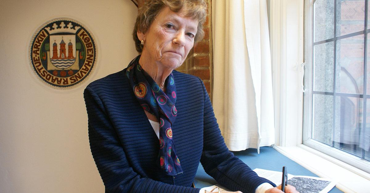 Birthe Engholm Olsson er en af byens pensionister, som bidrager til indsamlingen af erindringer på Københavns Stadsarkiv. 2019. Foto: Københavns Stadsarkiv.