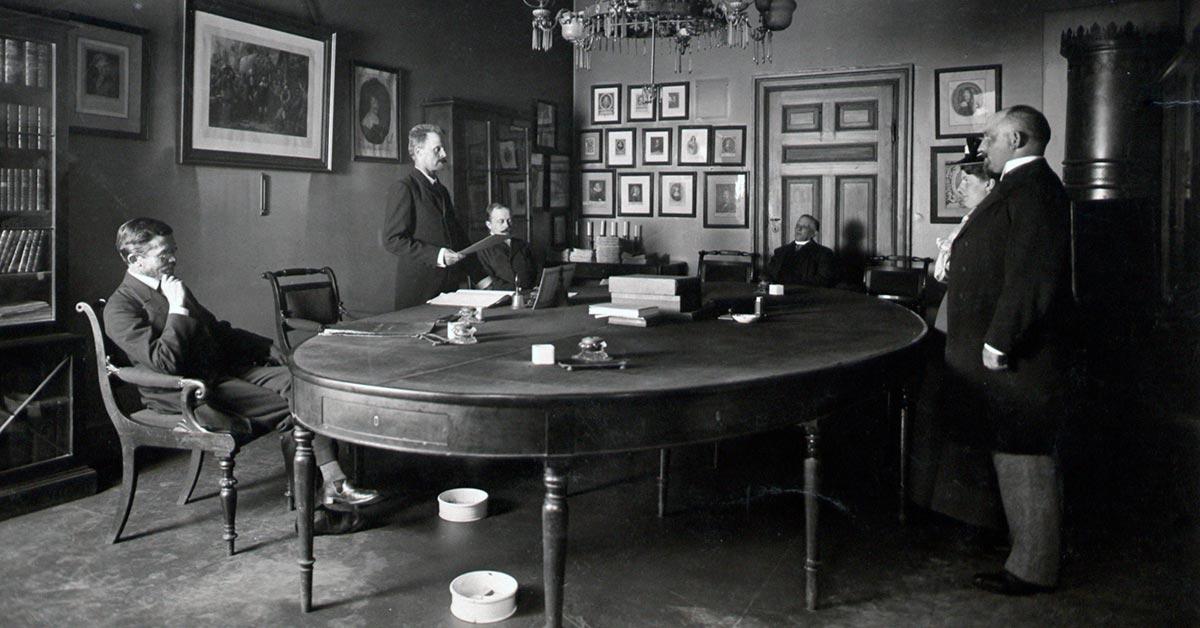 Borgerlig vielse i Magistratens forsamlingssal på rådhuset, 1901. Foto: Peter Elfelt, Københavns Museum