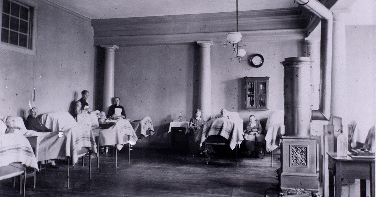 Sygestue på Almindelig Hospital, 1885. Foto: Ukendt fotograf, Københavns Museum