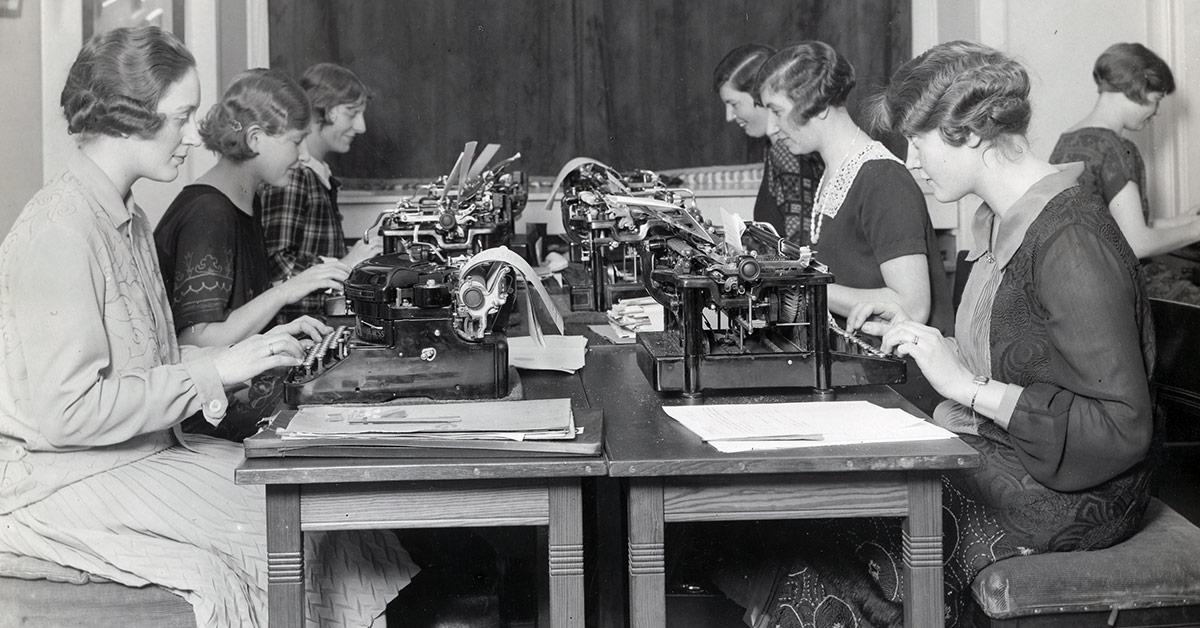 Skrivestuen på Rådhusforvalterens kontor på Københavns Rådhus, 1926. Fotograf ukendt, Københavns Stadsarkiv