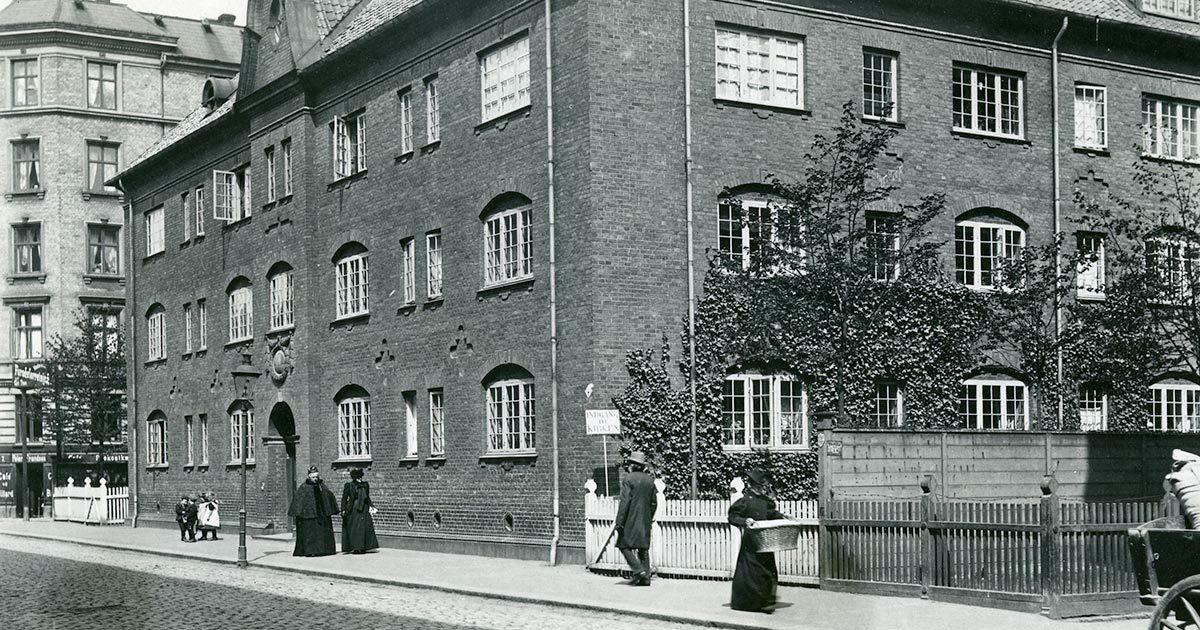 Abel Cathrines Stiftelse, 1903. Foto: Fritz Benzen, Københavns Museum