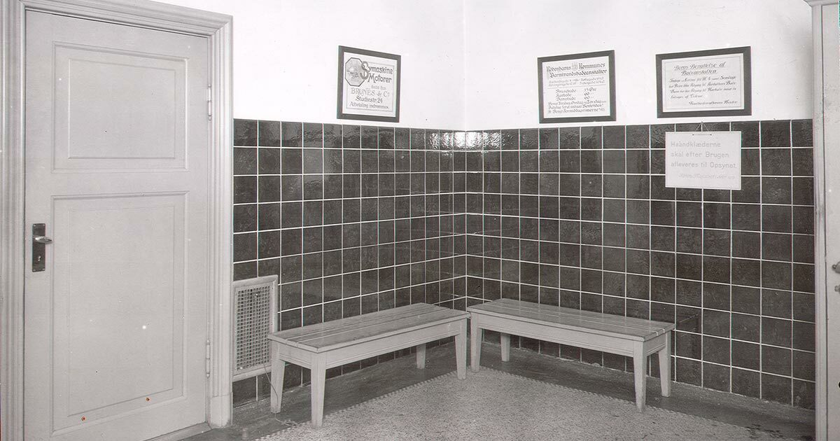 Interiør fra badet i Sjællandsgade, 1922. Foto: Ukendt fotograf, Københavns Stadsarkiv