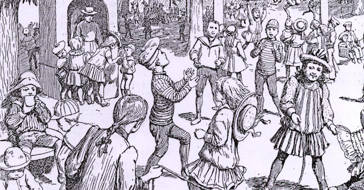 Sjippetov, dukkevogne, klatrestativ og bolde. Selv om børns leg har ændret sig, så er meget legetøj genkendeligt i dag.