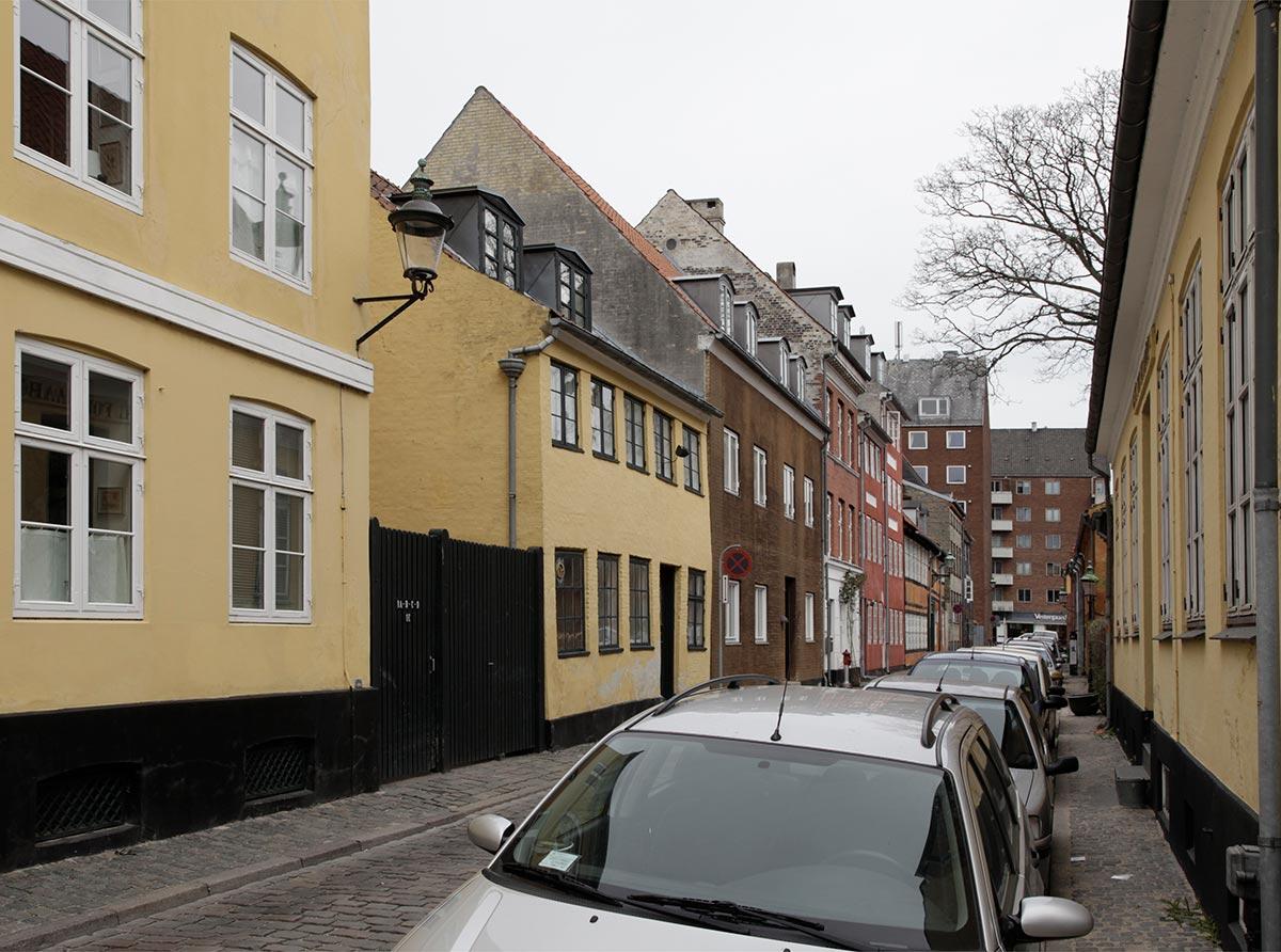 Amagergade set mod Torvegade. Foto 2014: Mads Neuhard, Københavns Stadsarkiv