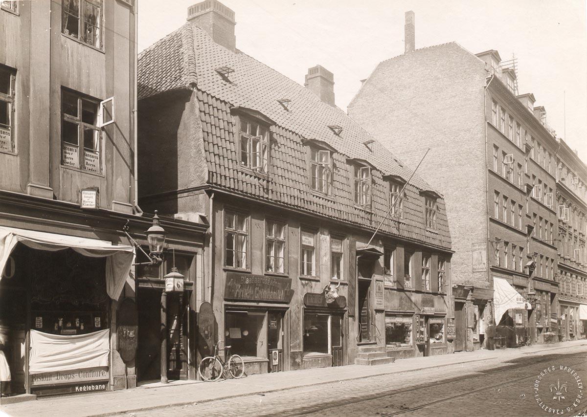 Blågårdsgade 4-6. Foto 1905: Johannes Hauerslev, Københavns Museum.
