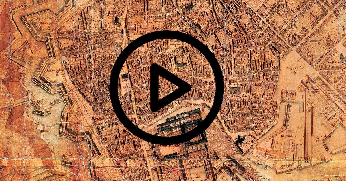 I filmene fortæller forskellige fagpersoner om Geddes kort og København i 1700-tallet.