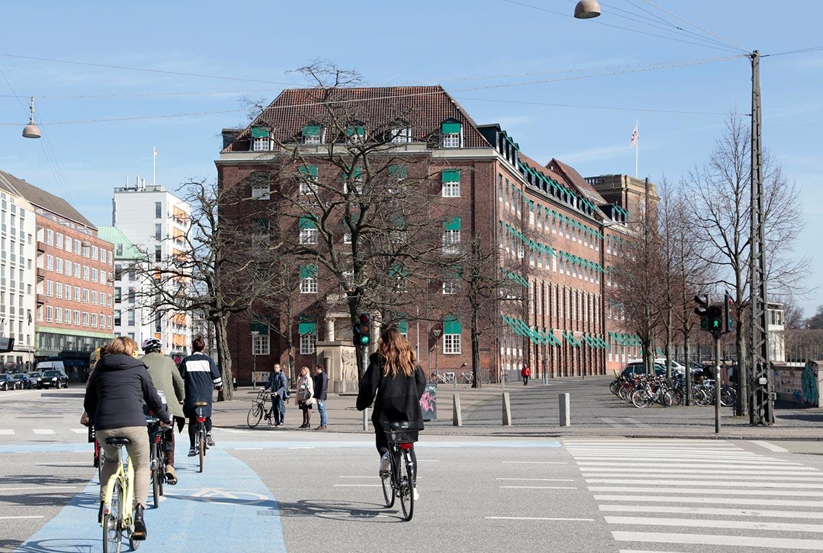FOA bygningen. Foto 2015: Mads Neuhard. Københavns Stadsarkiv