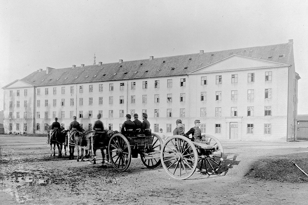 Bådsmandsstrædes Kaserne. Foto 1873, Ukendt fotograf, Københavns Museum.