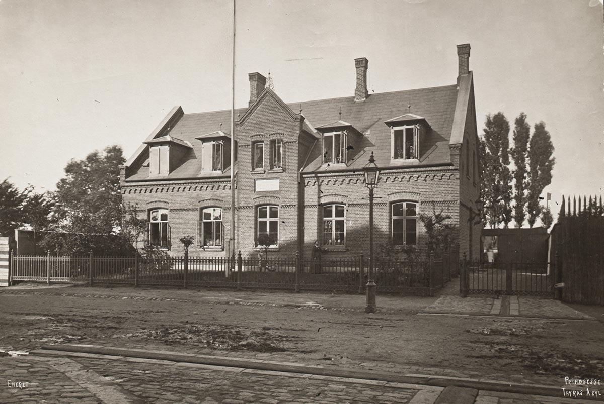 Prinsesse Thyras Asyl på Rantzausgade. Foto 1895: Frederik Riise, Københavns Museum.